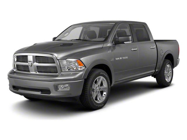 """Dodge Ram 1500 4WD Crew Cab 140.5"""" Laramie"""