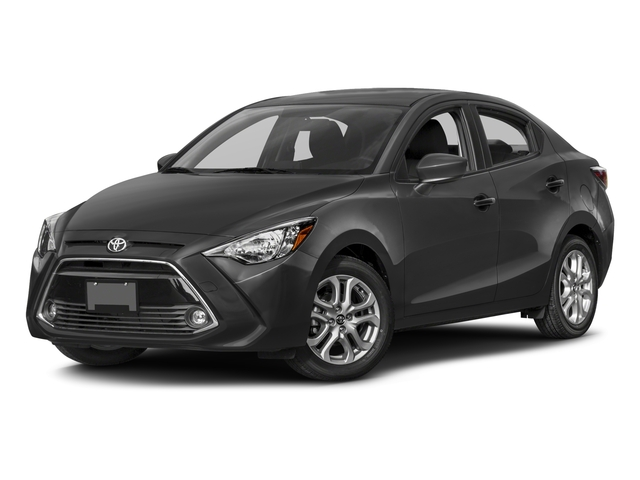 Toyota Yaris iA Manual (GS)